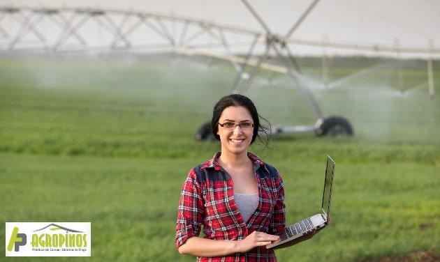 Reduzca el consumo de agua en sus cultivos. Contáctenos.
